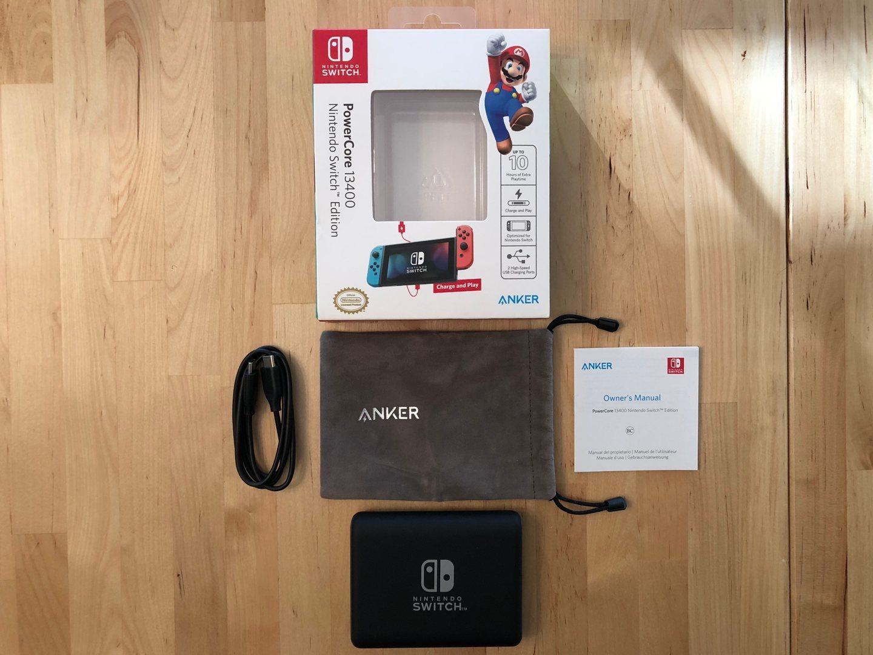 Cuadro y contenido de Anker PowerCore 13400 Nintendo Switch Edition.